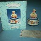 MADAME ALEXANDER YELLOW ROSEBUD ROTATING MUSIC BOX ~MINT~ORIG BOX~BABY