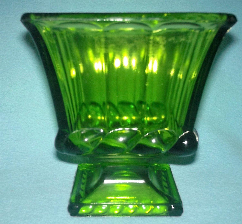 Vintage GREEN OLIVE GLASS Pedestal Vase Planter RIBBON DESIGN