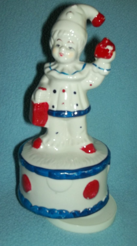 CIRCUS CLOWN BOY Music Box Figurine RED WHITE BLUE Rotating