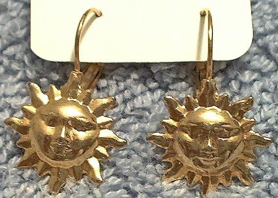 SUNBURST MAN IN THE SUN GOLDTONE EARRINGS ~PIERCED EARS