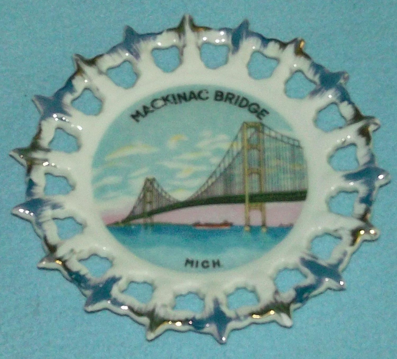 Vintage MACKINAC BRIDGE Michigan SOUVENIR Plate Made in Japan RIBBON Gold