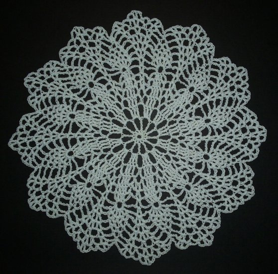 Hand Crochet Doily - Vintage Pattern - Pure White
