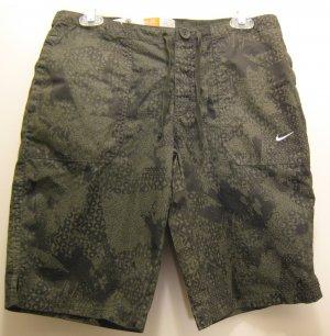 NEW NIKE Womens Training Shorts M 6 10 NWT