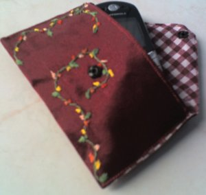 Little Flower Embroidered Pouch