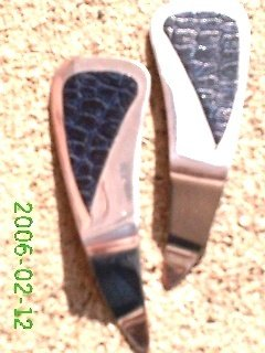 Navy blue crocodile print leather *Zaro design clip-on earrings