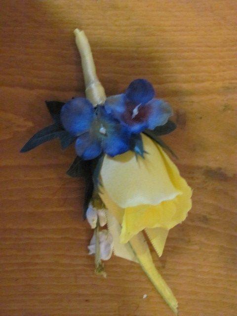 Yellow Silk Rose Bud Boutonniere w/ Hydrangea Button Hole Flower wedding or prom 3549a