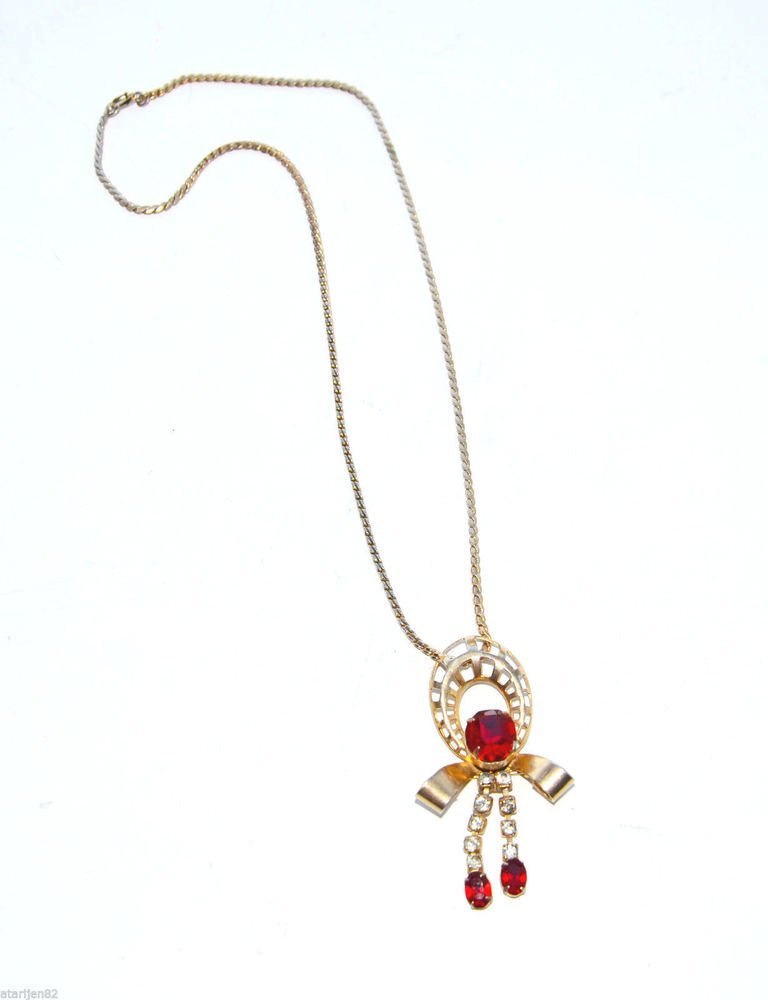 Euc Amazing vintage rhinestone necklace red crystal gold tone metal
