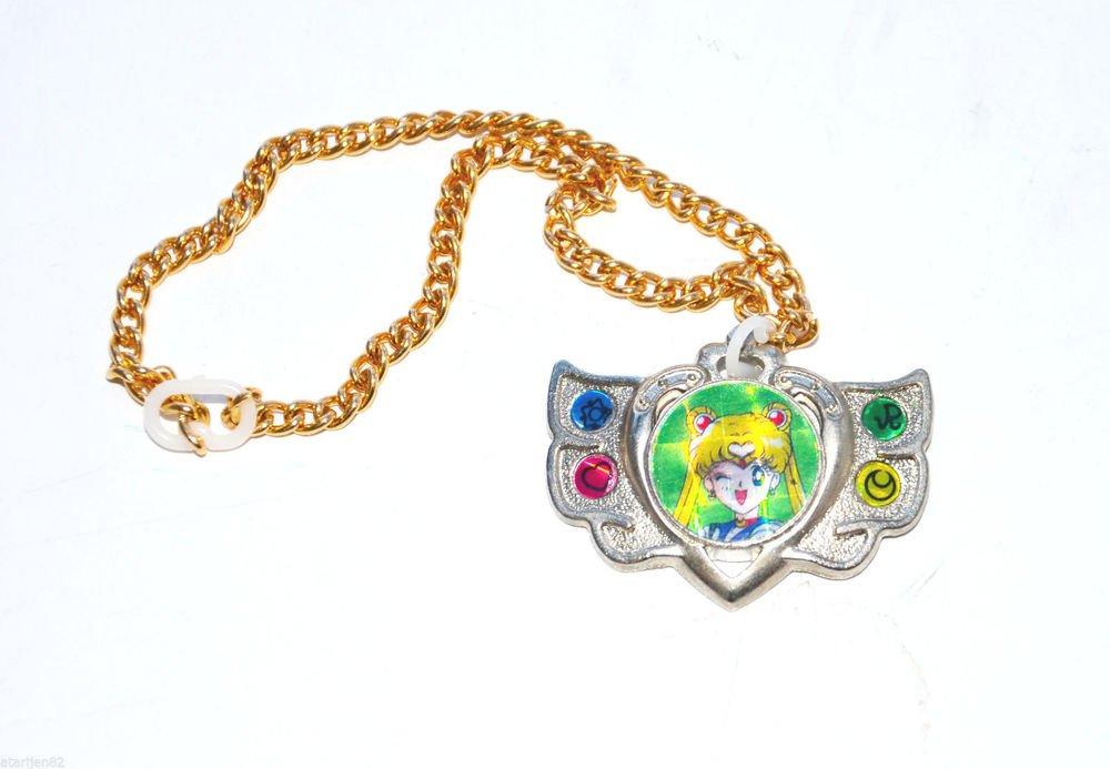 Sailor Moon 90's eternal locket shape metal chain jewelry made in Japan Japanese