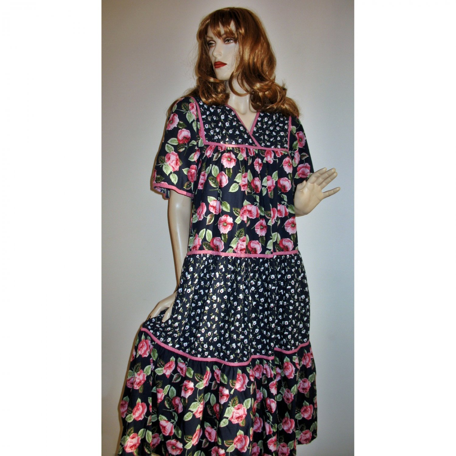 60s Hippie Boho Tent Dress/Deep Wide Flounces/Pink Roses & Ditsy Florals - One Size