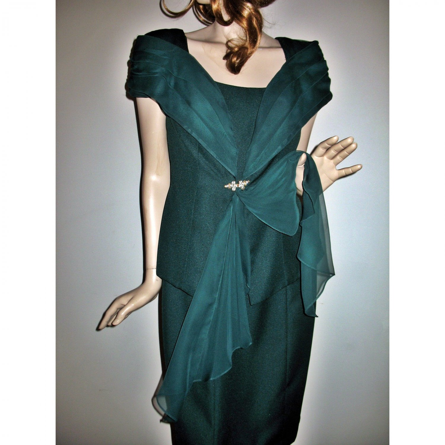 Wedding Guest Formal Bridal Party Green Chiffon Dress 2-Piece Dress and Jacket - Size Medium
