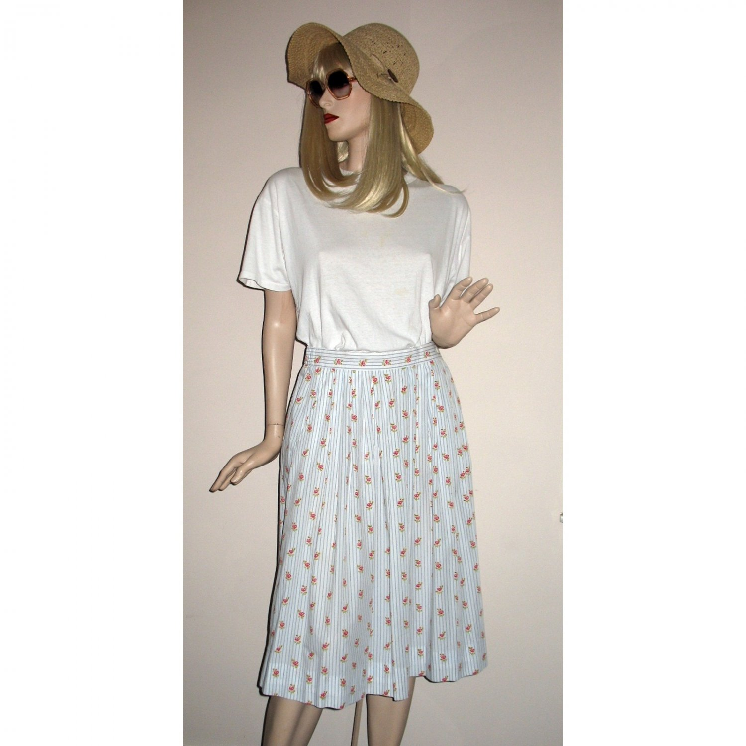 Vintage Skirt Full Gathered Casual Style Floral Stripe - Size L/XL