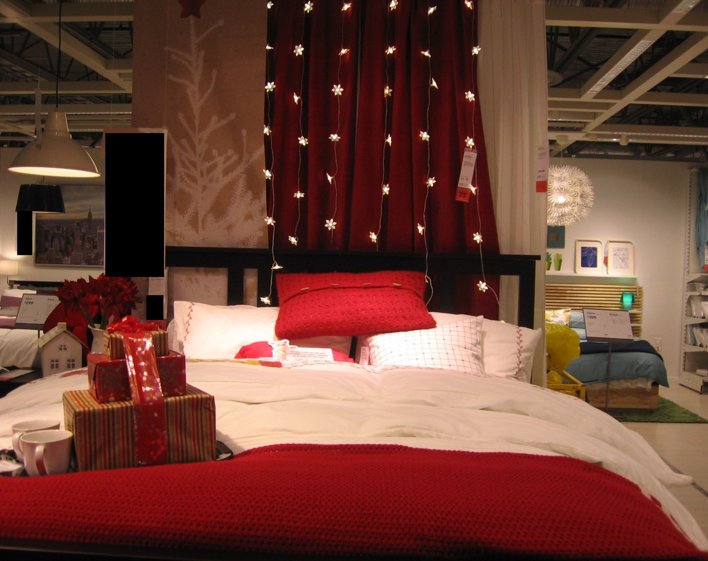 IKEA Birgit QUEEN Full Duvet COVER Pillowcases Set WHITE Red EMBROIDERED Xmas