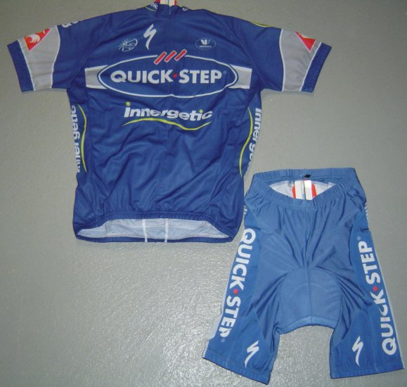 QUICKSTEP TEAM CYCLING JERSEY AND SHORTS KIT SZ L