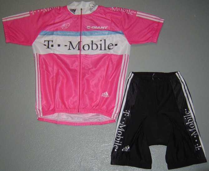 T-MOBILE TEAM CYCLING BIKE JERSEY AND SHORTS KIT SZ M