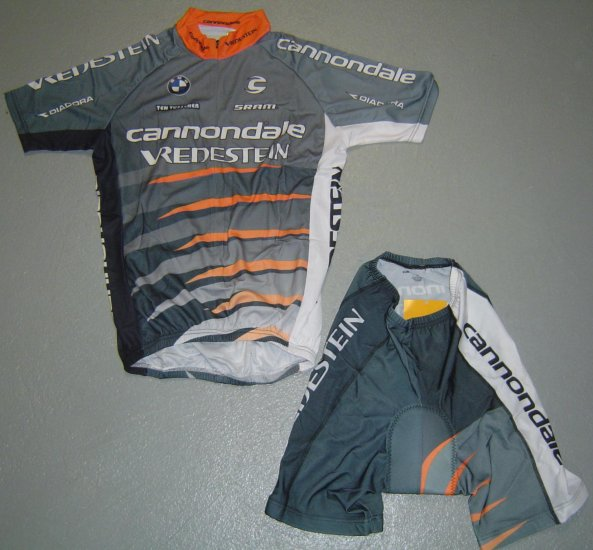 CANNONDALE VREDESTEIN CYCLING JERSEY AND SHORTS SZ XL