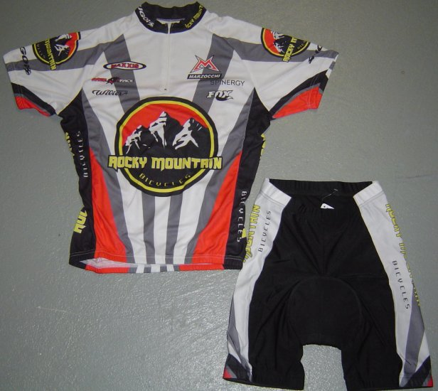 ROCKY MOUNTAIN BICYCLES JERSEY AND SHORTS KIT SZ M