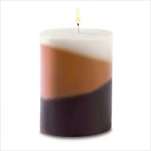 Cafe delights candle i n3 delicious scents!