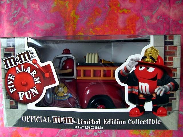 SOLD! RARE M&M'S CANDY DISPENSER BLUE VARIENT FIRE TRUCK NEW IN BOX! IMPOSSIBLE to find!