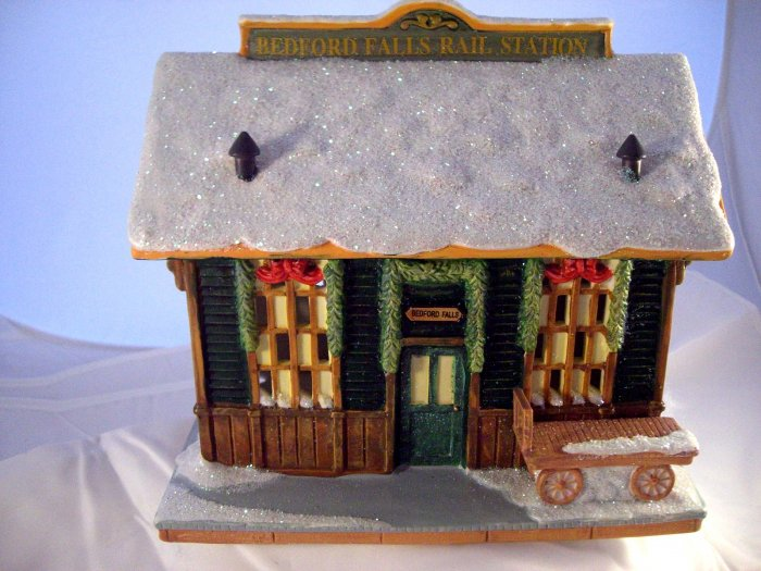 SOLD! It's A Wonderful Life  BEDFORD FALLS TRAIN STATION Enesco Village Series 3 III