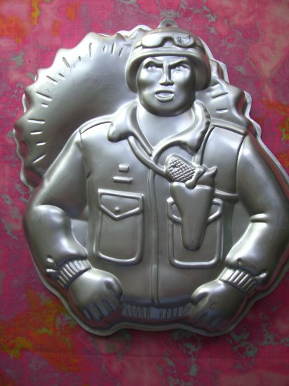 SOLD! G.I. Joe Army Birthday Cake Pan Wilton # #2105-2950  from 1986 Military Soldier