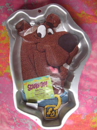 Sold! Wilton Cake Pan Scooby Doo # 2105 3206 with Insert too!