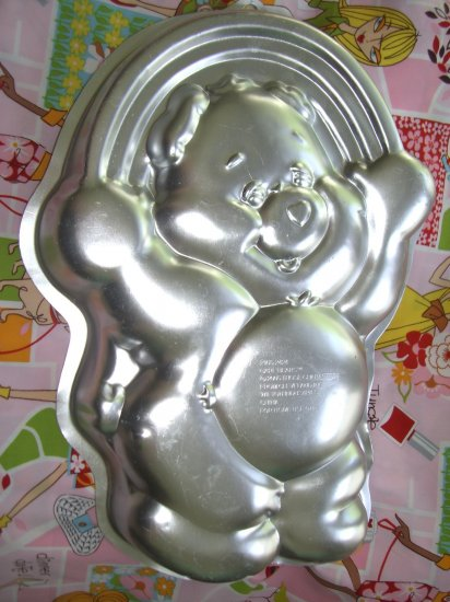 SOLD! Wilton Cake Pan CARE BEAR 2005 #2105-2424 Happy Birthday