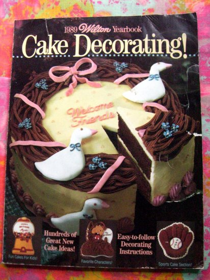 Vintage 1989 Wilton Cake Yearbook of Cake Decorating Instruction Book