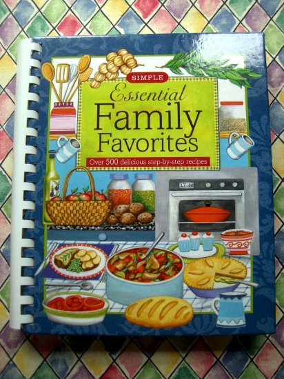 SOLD! Essential Family Favorites 500 Recipes (Simple Cooking) Cookbook