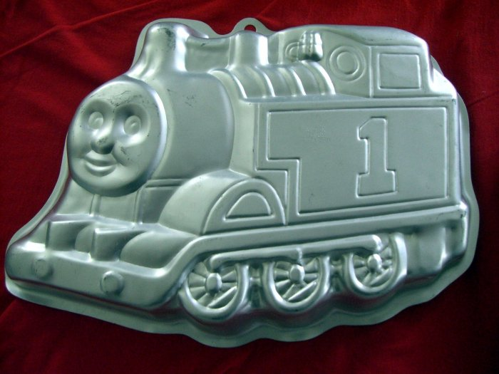 Sold Thomas The Tank Engine Wilton Cake Pan Train 2105 1349