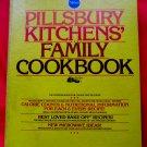 Vintage 1979 Pillsbury KITCHENS' FAMILY Cookbook ~ 5 Ring Binder