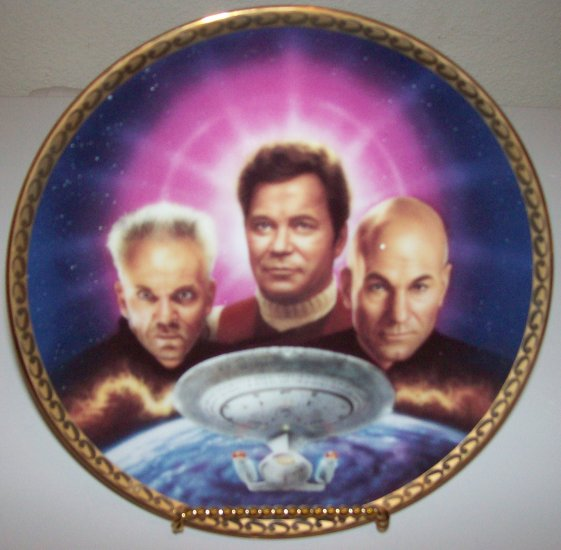 "Star Trek ""Generations-Ultimate Confrontation"" 1995 Hamilton Collection Plate"