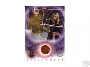 Buffy Women of Sunnydale WOS PW1 Sarah Michelle Gellar - Buffy Leather Pants Pieceworks insert card