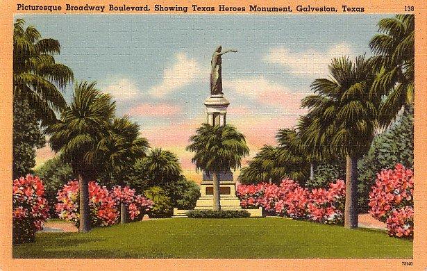 Texas Heroes Monument on Broadway Boulevard in Galveston, Texas TX Linen Postcard - 3881