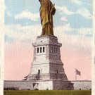 The Statue of Liberty on Bedloe's Island, New York Bay NY Vintage Postcard - 0013