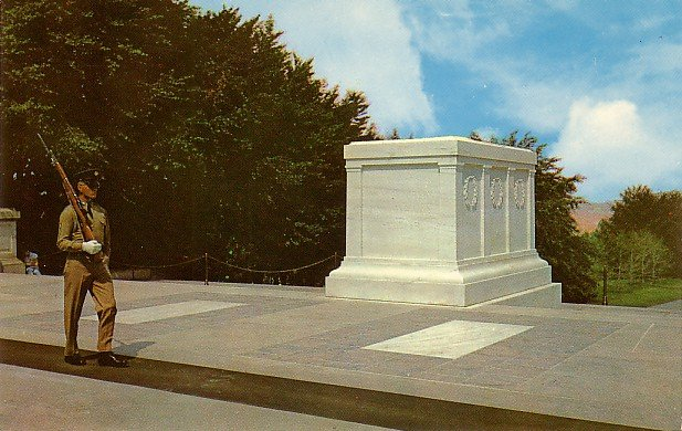 Tomb of the Unknown Soldiers, Arlington National Cemetery Virginia VA Postcard - 0034