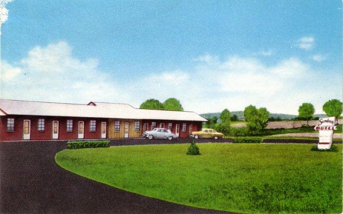 Sundown Motel on Route 20 in Sloansville, New York NY Chrome Postcard - 0112