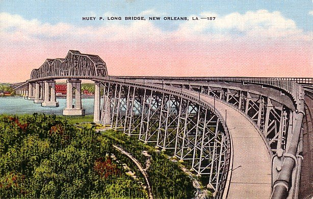 Huey P Long Bridge in New Orleans, Louisiana LA Linen Postcard - 0772