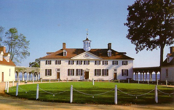 West Front Side of Mount Vernon in Virginia VA Chrome Postcard - 0937