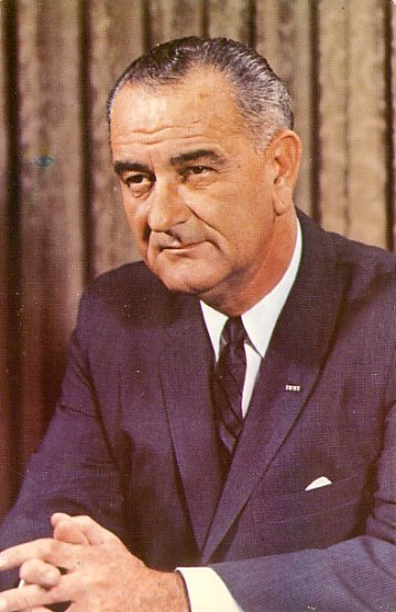 President Lyndon B. Johnson 36th President of the USA Chrome Postcard - 2053