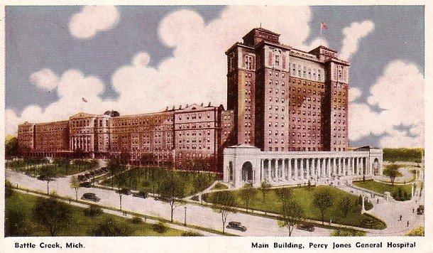 Main Building of Percy Jones General Hospital in Battle Creek Michigan Postcard - 2643