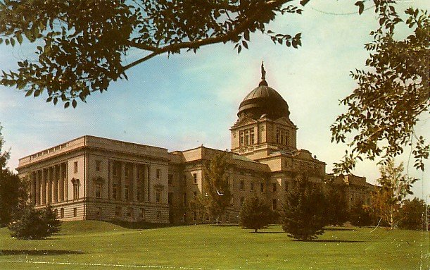 Capitol Building in Helena Montana MT, Chrome Postcard - 2737
