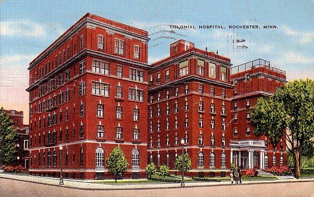 Colonial Hospital in Rochester Minnesota MN, 1944 Linen Postcard - 2855