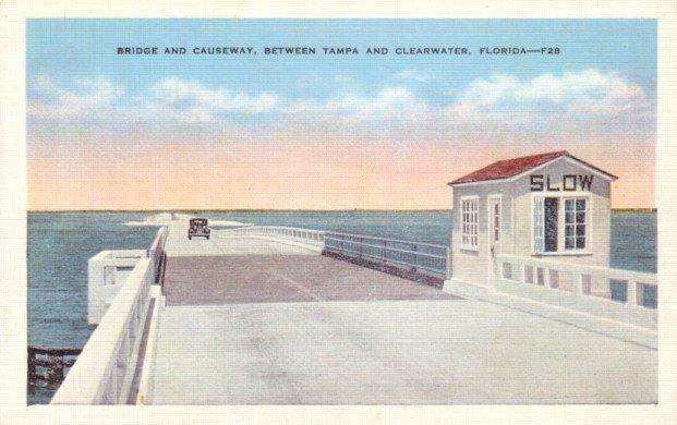 Bridge Causeway between Tampa and Clearwater Florida FL, Linen Postcard - 3131