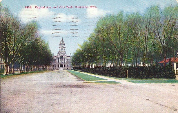 Capital Avenue and City Park at Cheyenne Wyoming WY, 1922 Vintage Postcard - 3241