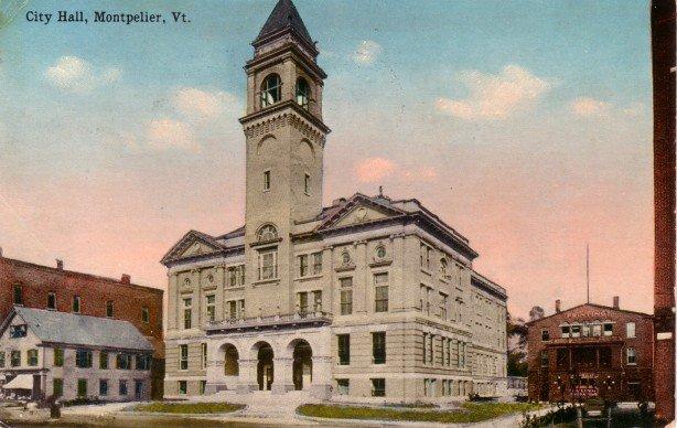 City Hall at Montpelier Vermont VT, 1923 Vintage Postcard - 3414