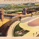 Grant Park Plaza in Chicago Illinois IL, 1944 Mid Century Linen Postcard - 3850