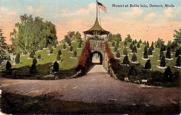 Mount at Belle Isle in Detroit Michigan MI, 1911 Vintage Postcard - 3851
