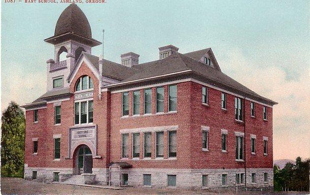 East School in Ashland Oregon OR, Edward H Mitchell 1907 Postcard - M0186