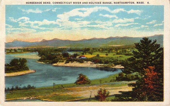 Horseshoe Bend, Connecticut River & Holyoke Range at Northampton Massachusetts MA Postcard - 4230
