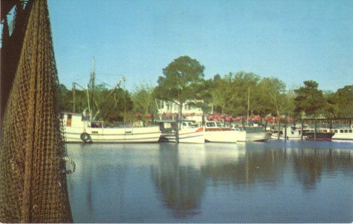 Inner Harbor of Ocean Springs Mississippi MS Chrome Postcard - 4551